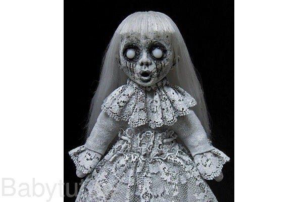самая жуткая кукла Сесилия